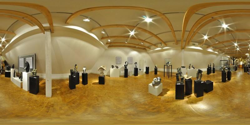 Ausstellung Junge Bildhauer aus Zimbabwe