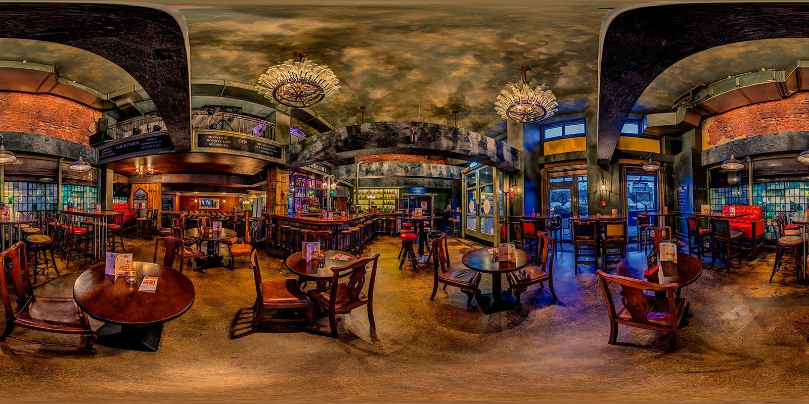 Hudsons bar-dining