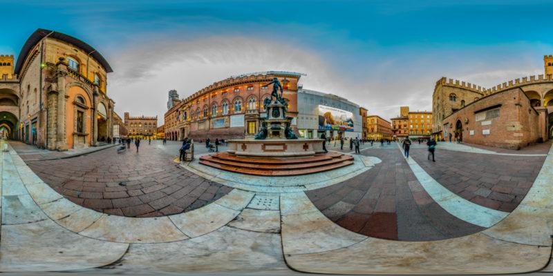 PiazzadelNettunoBologna-1600